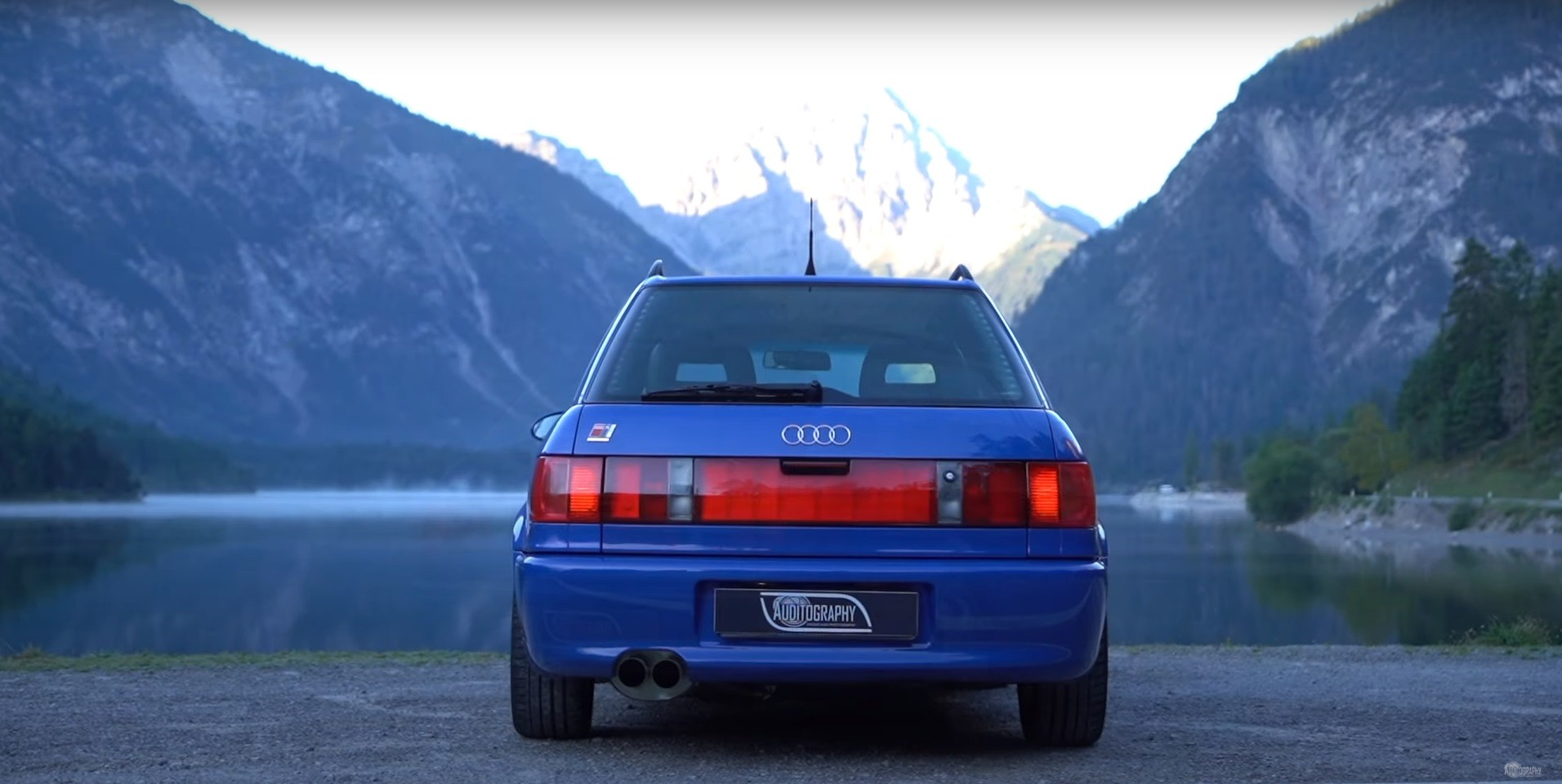1994-audi-rs2-avant-is-the-porsche-co-production-that-started-the-whole-rs-range_7.jpg
