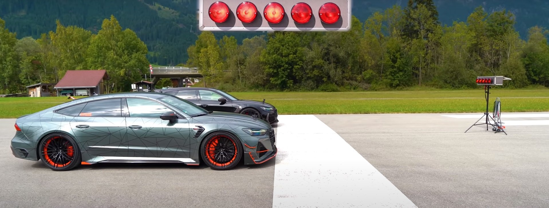 abt-audi-rs-6-vs-abt-audi-rs-7-is-the-tightest-1600hp-drag-race-you-ll-ever-see-170335_1.jpg