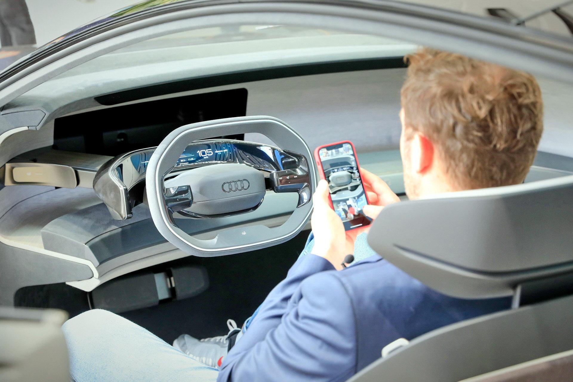 Audi-GrandSphere-Concept-A8-23.jpg