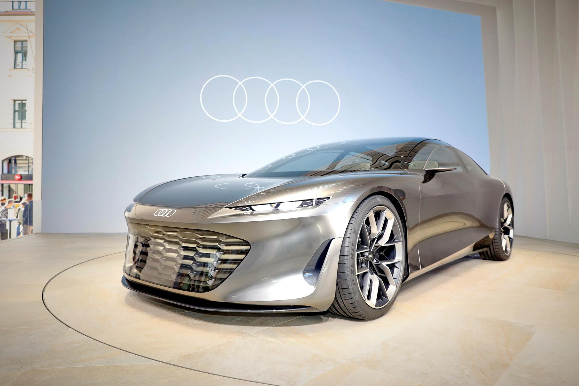 Audi-GrandSphere-Concept-A8-39.jpg