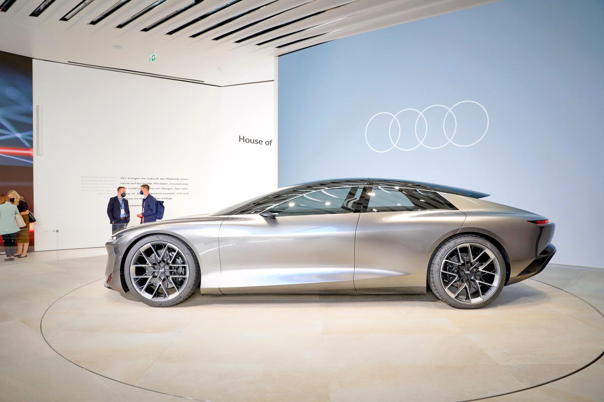 Audi-GrandSphere-Concept-A8-40.jpg