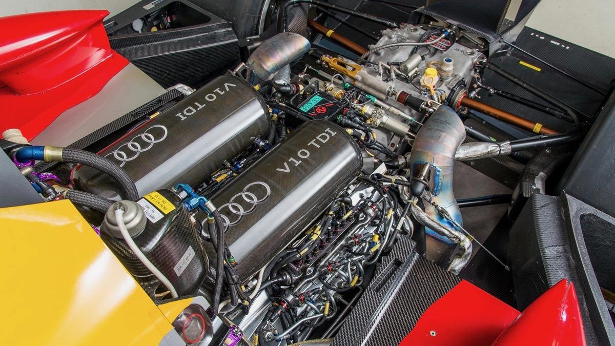 Audi-R15-7.jpg