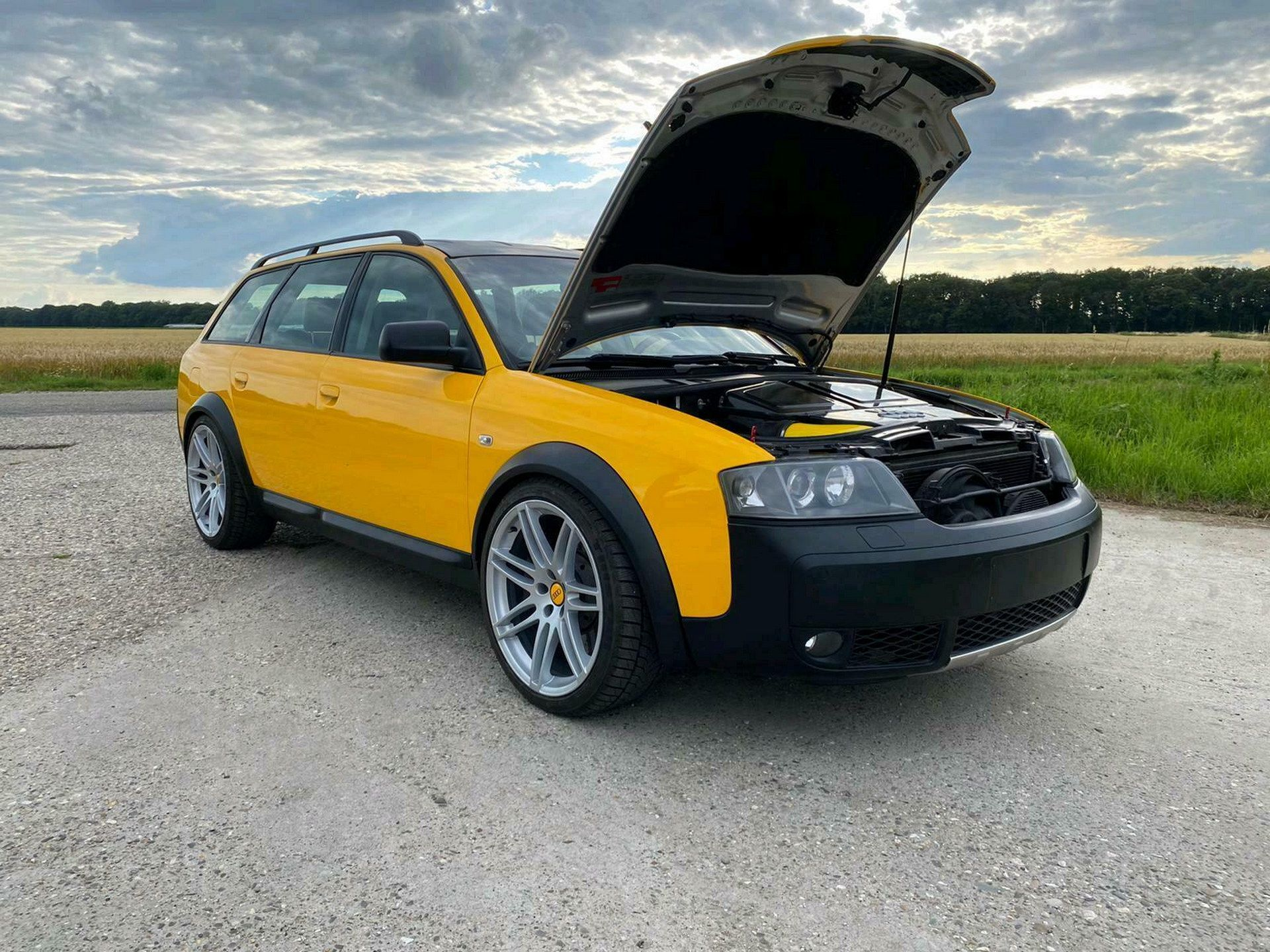 Audi-RS6-Allroad-Custom-Build-7.jpg