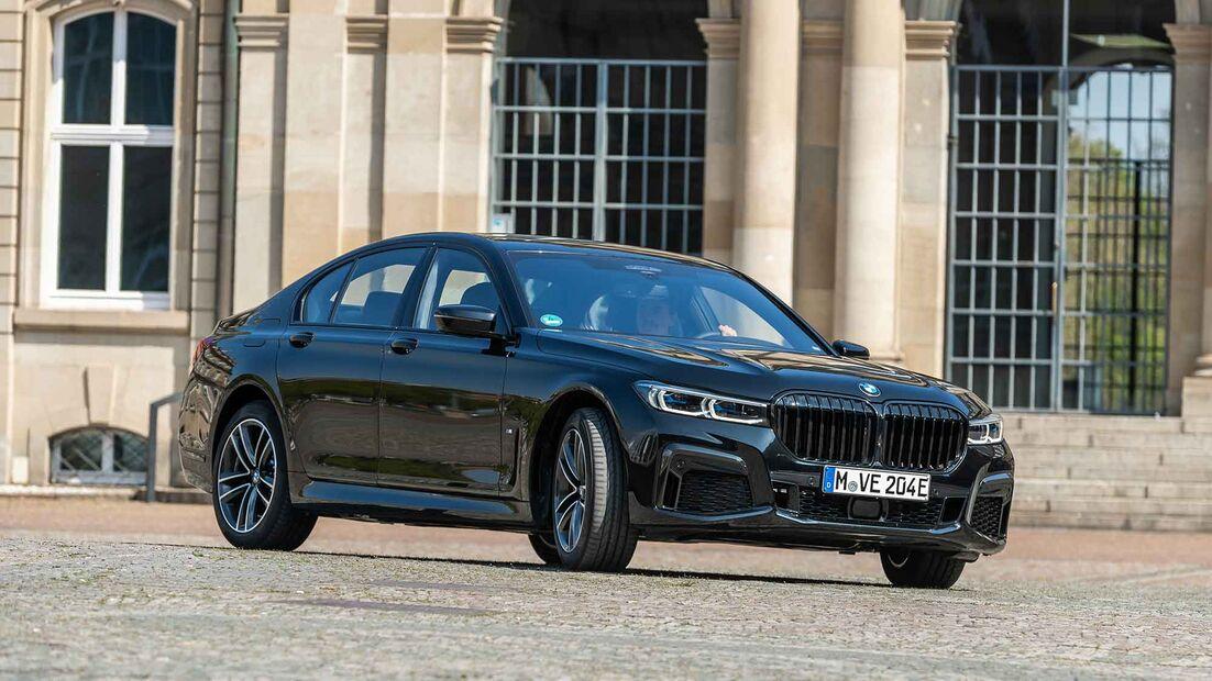 BMW-745e-169FullWidthOdcPortrait-6a44febb-1802611.jpg