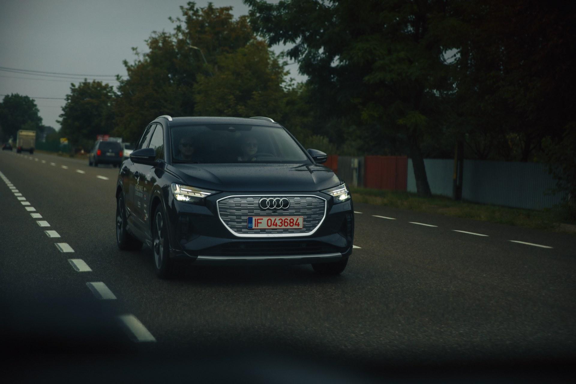 driven-2021-audi-q4-e-tron-50-quattro-audi-s-version-of-the-id4_11.jpg