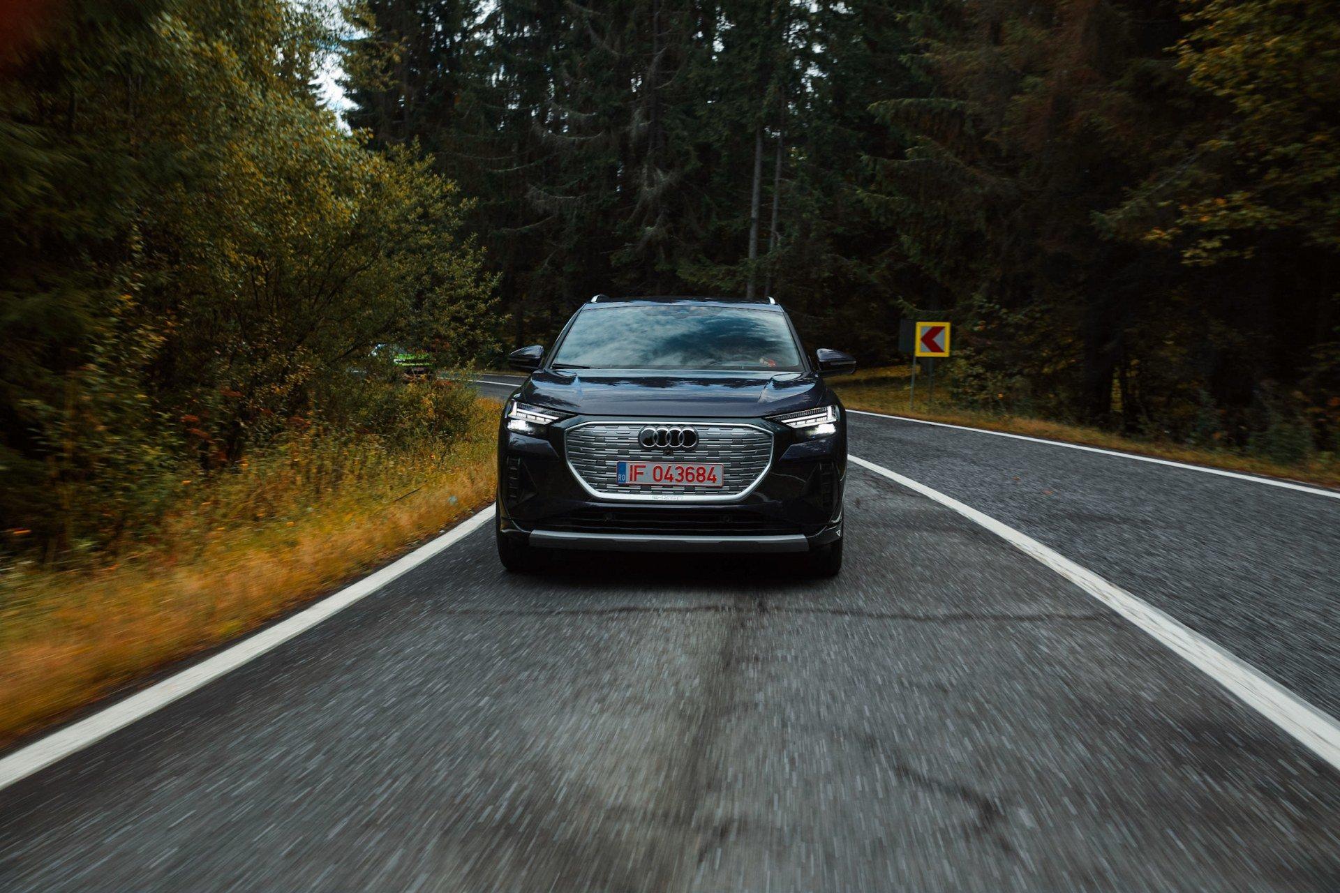 driven-2021-audi-q4-e-tron-50-quattro-audi-s-version-of-the-id4_26.jpg