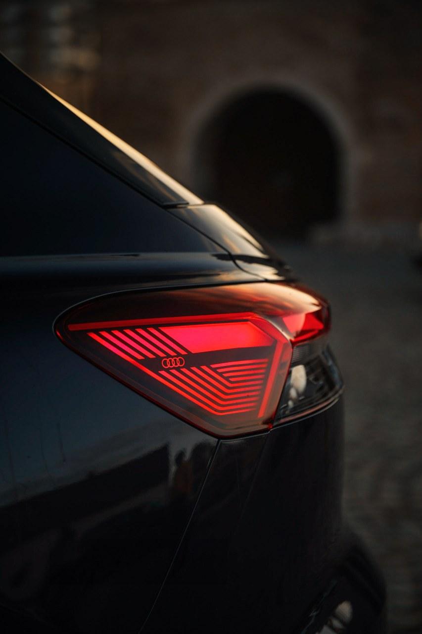 driven-2021-audi-q4-e-tron-50-quattro-audi-s-version-of-the-id4_39.jpg