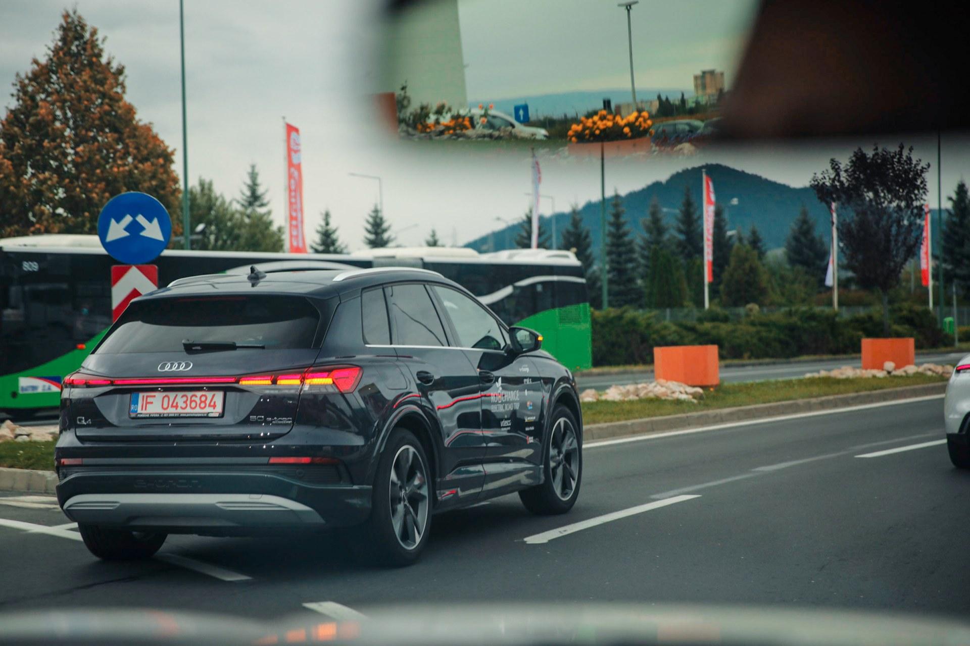 driven-2021-audi-q4-e-tron-50-quattro-audi-s-version-of-the-id4_52.jpg