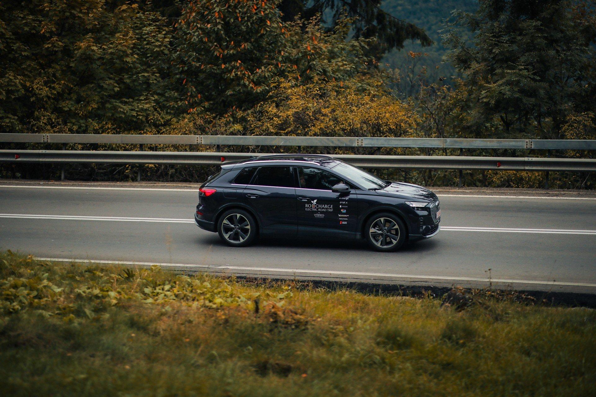 driven-2021-audi-q4-e-tron-50-quattro-audi-s-version-of-the-id4_53.jpg