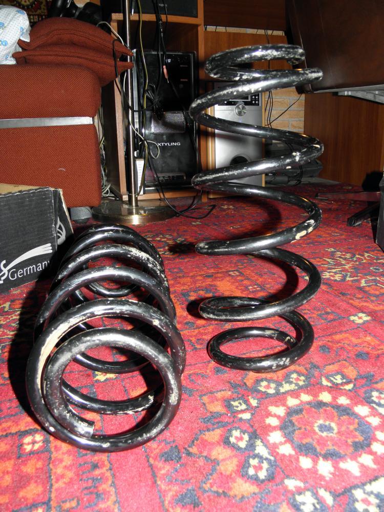 audi a4 b5 задняя пружина для спортивной