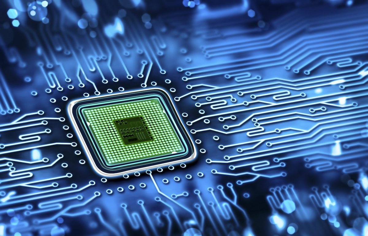 privet-tek-texnologii-processor-mikrosxema-mikrochip-dorozhki-plata-sinij-cvet-oboi.jpeg