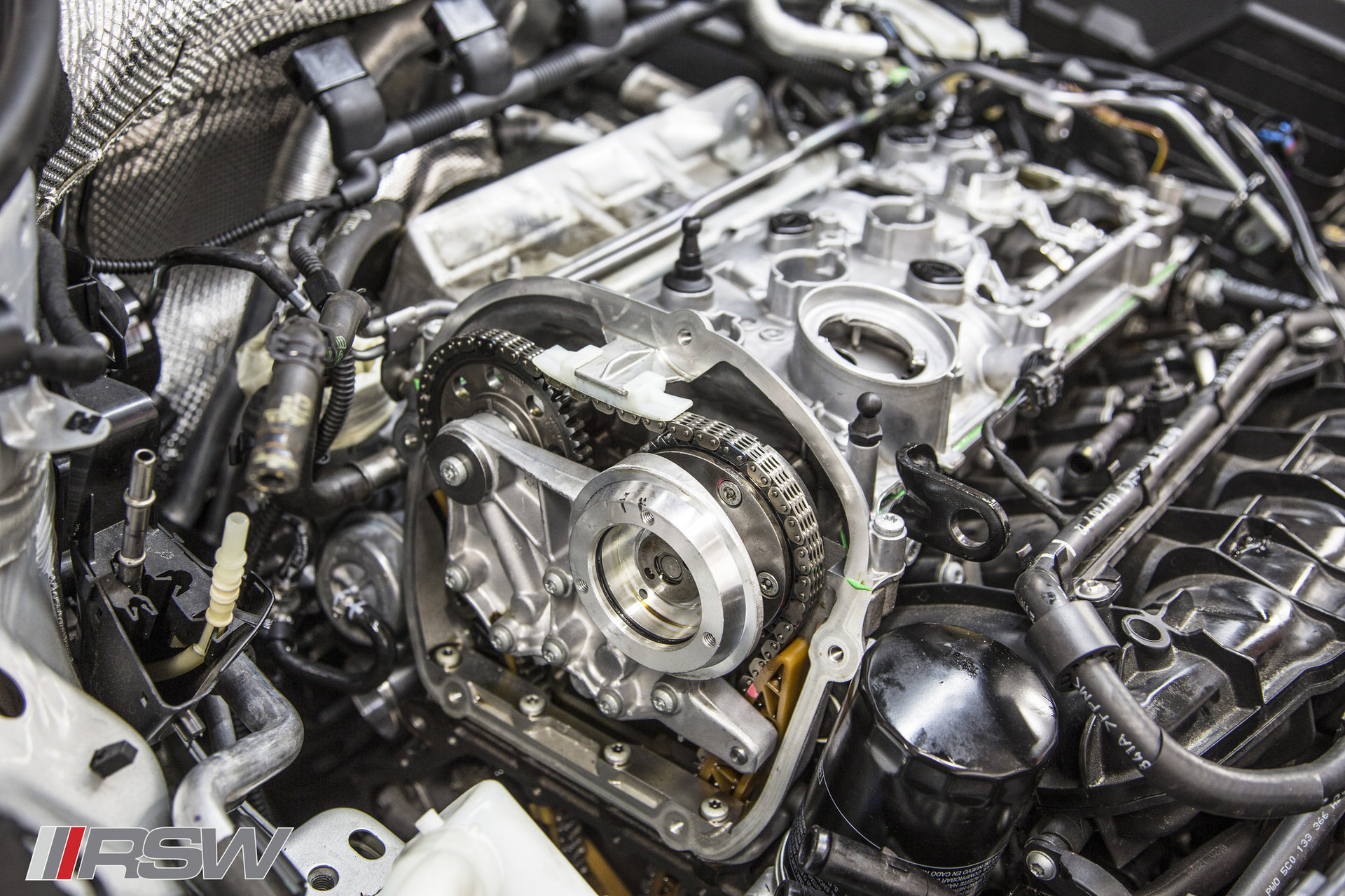 VW_audi_TSI_Timing_chain_service_1.jpg