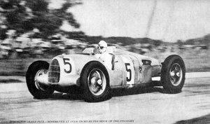Rosemeyer-Donington-1936-Auto-Union копия.jpg