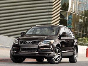 2006 Audi Q7 4.2 Quattro (US) 003.jpg