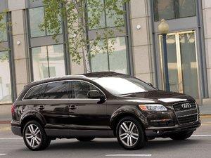 2006 Audi Q7 4.2 Quattro (US) 006.jpg