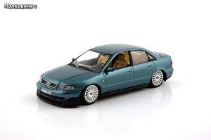 4-1999 Audi A4 B5 Typ (8D) Quattro Super Touring (Minichamps).jpg