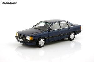 27-1988 Audi 100 C3 Typ (44) Dunkelblau metallic (Neo Scale Models).jpg